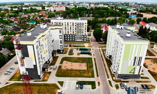 Панорама группы домов по улице Заслонова в городе Барановичи